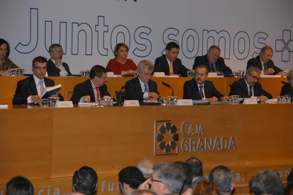 La asamblea general de cajagranada ha aprobado las for Bmn caja granada oficinas