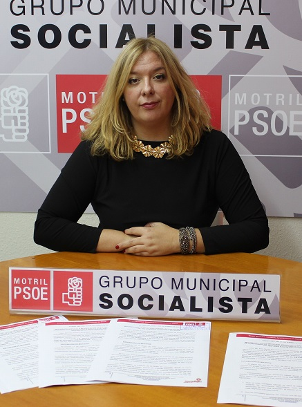 PORTAVOZ GRUPO PSOE, FLOR ALMÓN