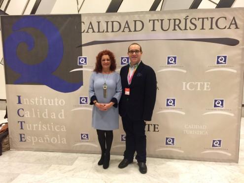LOS RESPONSABLES PÚBLICOS DE SALOBREÑA RECOGEN LA CERTIFICACIÓN 'Q' DE CALIDAD TURÍSTICA (Foto: E.F.)