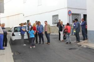 LOS REPRESENTANTES PÚBLICOS CONVERSAN CON LOS VECINOS DE MARQUESA DE ESQUILACHE (Foto: El Faro)