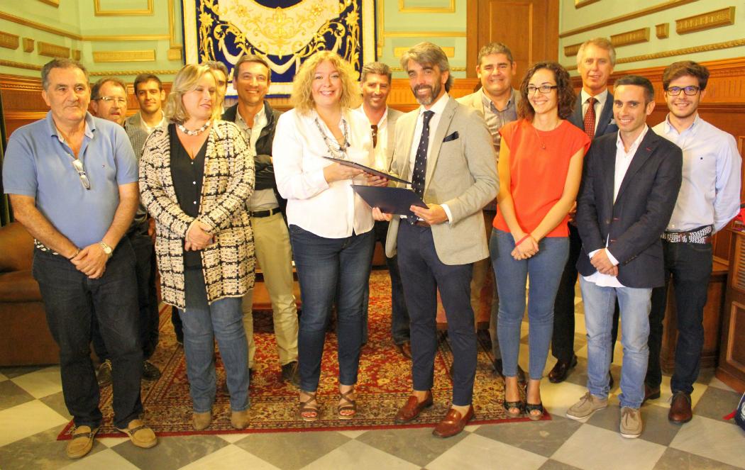 El ayuntamiento de motril firma un acuerdo de colaboraci n - Colegio arquitectos granada ...