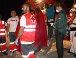 LOS INMIGRANTES SON DESEMBARCADOS EN EL PUERTO DE MOTRIL (Foto: Archivo El Faro)