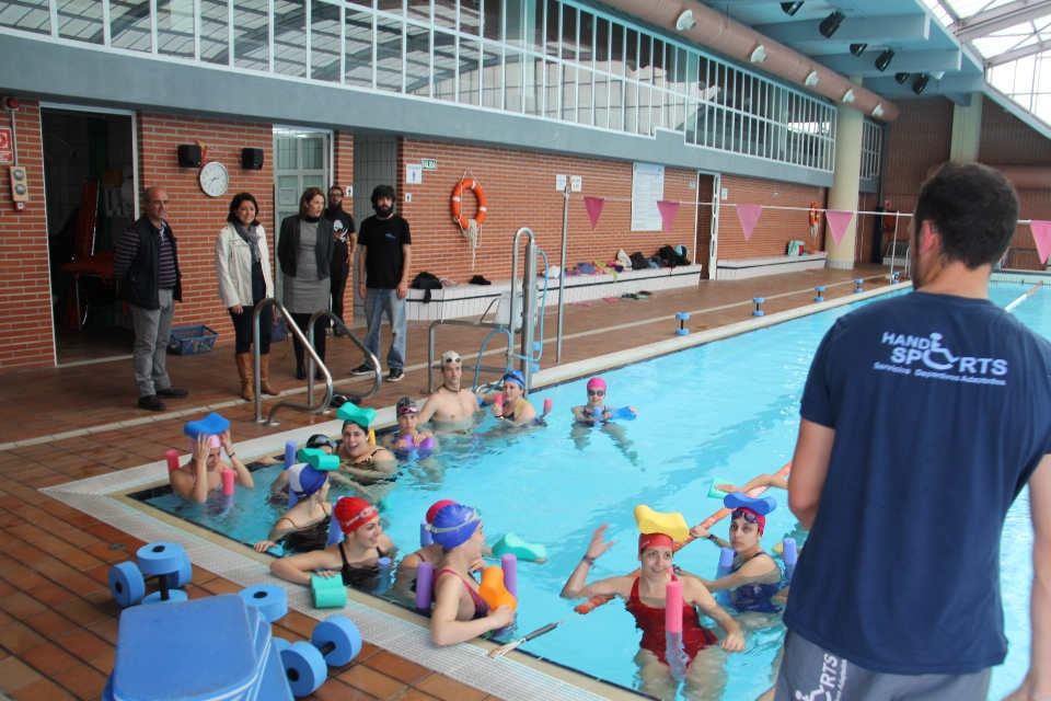 La piscina cubierta sexitana acoger un nuevo curso de for Piscina de natacion
