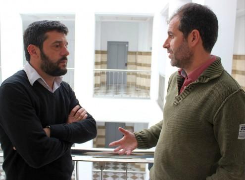 El teniente de alcalde Francisco Sánchez-Cantalejo (izq) junto con el jefe del Servicio de Informática, Antonio Huertas (Foto: El Faro)