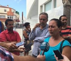VANESA COMPARECE ANTE LA PRENSA EN LAS PUERTAS DEL PALACIO DE JUSTICIA DE MOTRIL (Foto: El Faro)