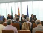 Alfonso Zamora se dirige a los parlamentarios europeos y miembros del Consejo Municipal Agrario de Motril (Foto: El Faro)