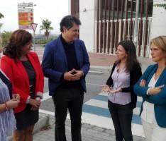 LOS POPULARES EN SU VISITA DE ESTA MAÑANA A LA RONDA SUR (Foto: El Faro)