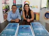 Alicia Crespo junto a Rafael Jiménez en la presentación de la Jornadas Cetáceos, Pesca y Acuicultura (Foto: El Faro)