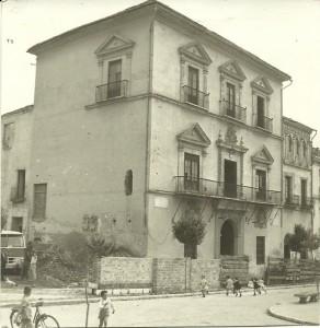 OBRAS EN EL AYUNTAMIENTO DE MOTRIL EN 1961