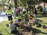 Niños y niñas durante la actividad 'El Jardín es de todos' (Foto: El Faro)