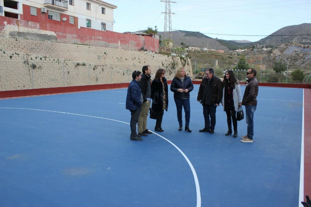 Finalizan las obras de las pistas deportivas de los barrios de San ...