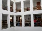 COLAS DE CIUDADANOS EN EL AYUNTAMIENTO DE MOTRIL (Foto: El Faro)