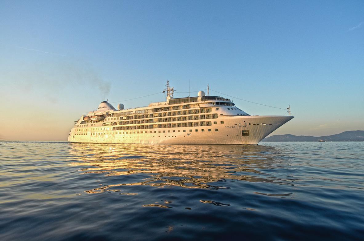 El Silver Wind, navegando (Foto: El Faro)