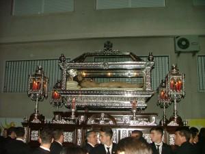 TRONO DEL SANTÍSIMO CRISTO EN SU EXCEPCIONAL SEPULCRO (Foto: El Faro)
