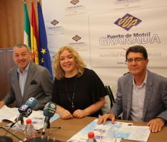 El presidente de la Autoridad Portuaria, la alcaldesa de Motril y el director de la UNED de Motril durante la presentación de los Cursos de Verano (Foto: El Faro)