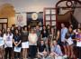 Foto de familia con el alumnado del IES José Marrtín Recuerda (Foto: El Faro)
