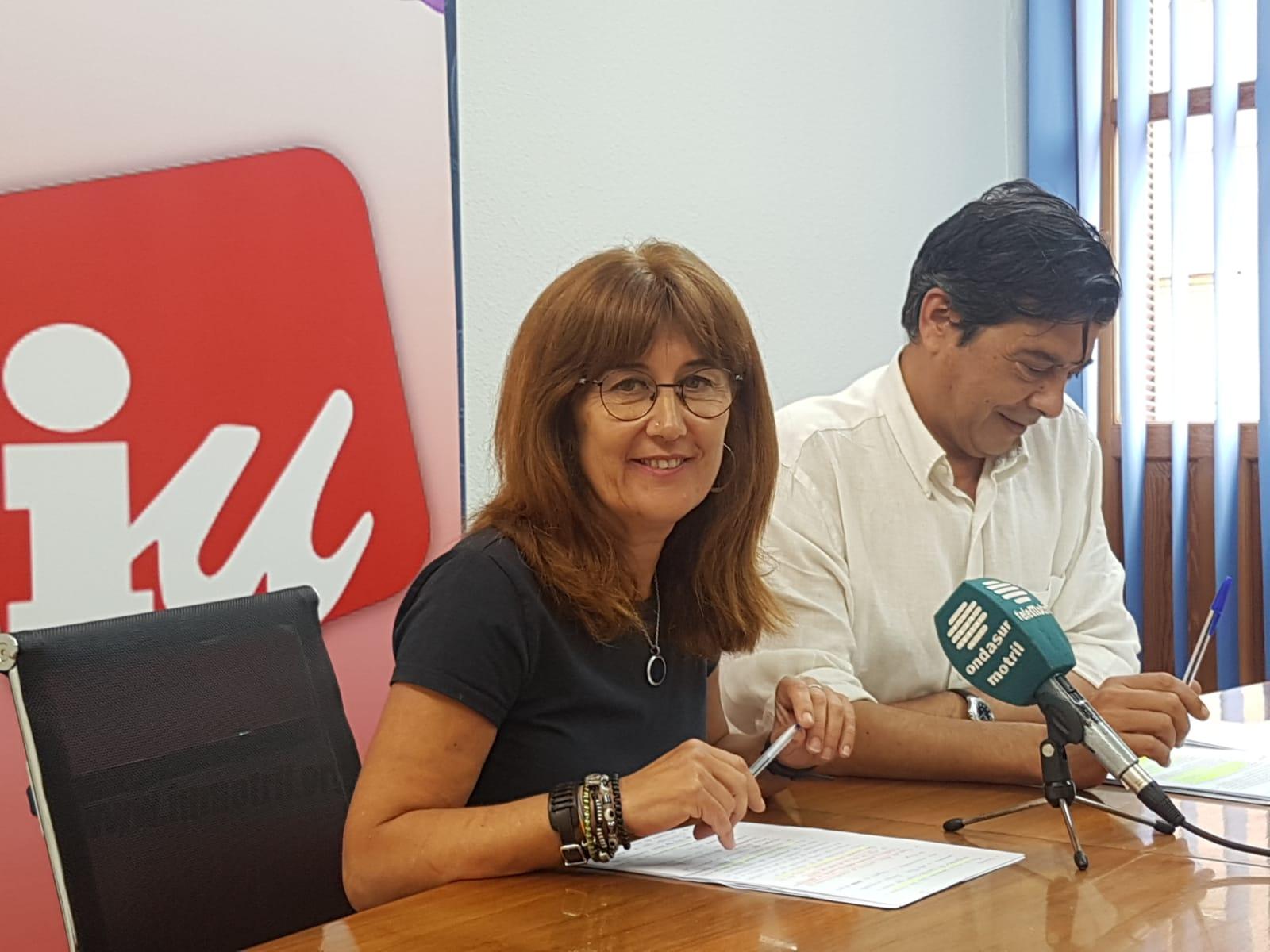 DANIELA PAQUÉ Y JOSÉ GARCÍA EN RUEDA DE PRENSA (Foto: El Faro)