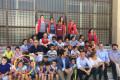 FOTO DE FAMILIA CON EL DELEGADO HIGINIO ALMAGRO (Foto: El Faro)