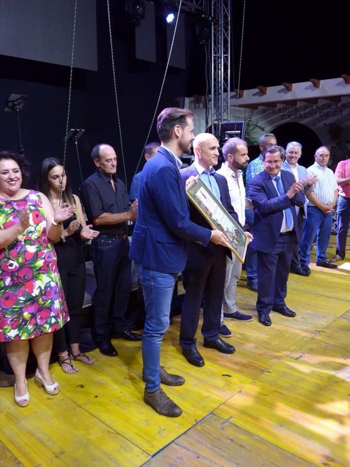 ACTO DE RECONOCIMIENTO COMO HIJO PREDILECTO AL EXALCALDE DE SOPORTÚJAR (Foto: El Faro)