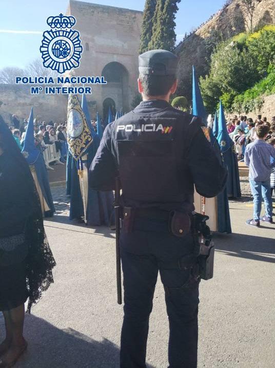 LA POLICÍA NACIONAL EN TAREAS DE VIGILANCIA EN SEMANA SANTA