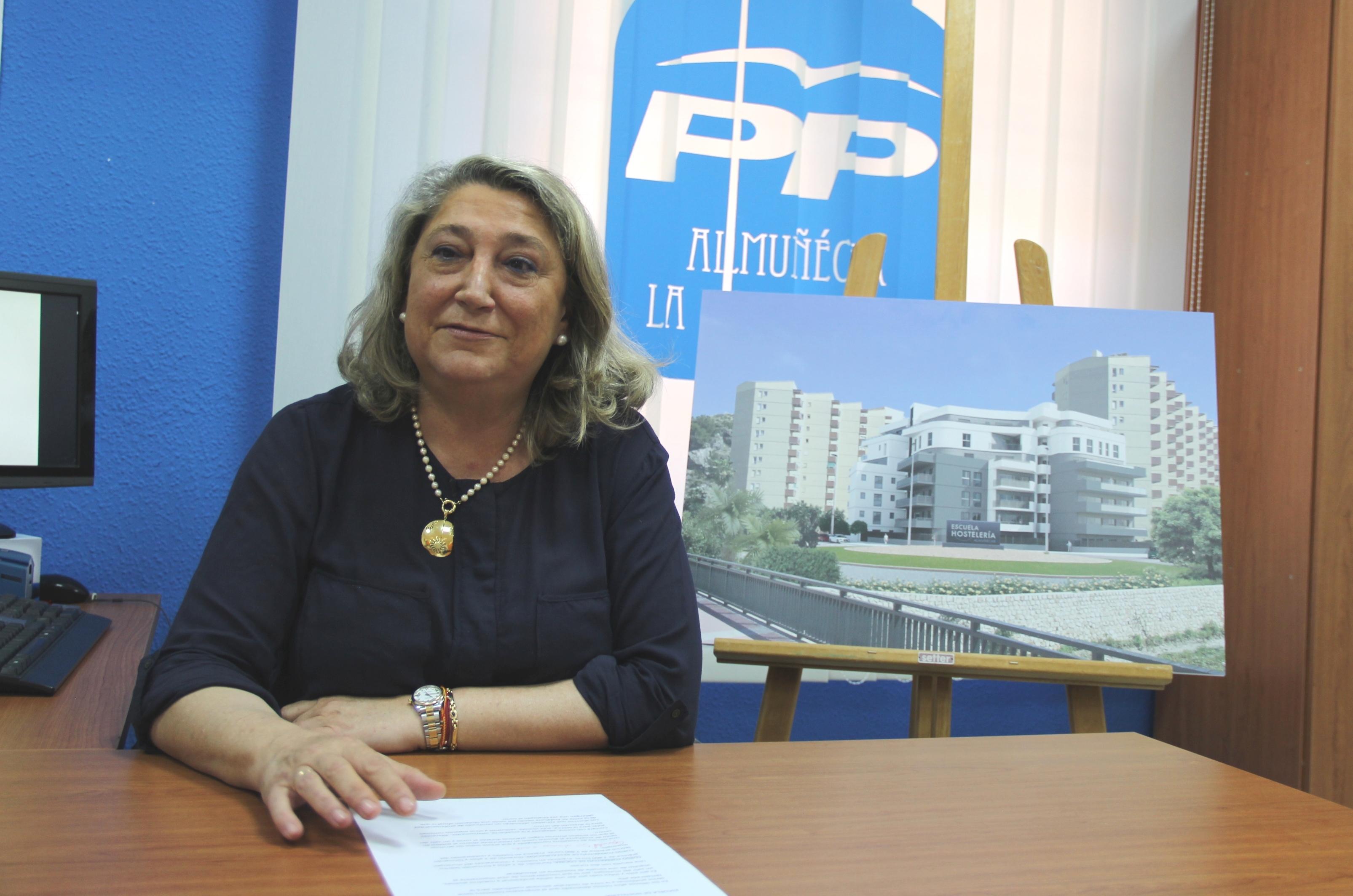 TRINIDAD HERRERA, CANDIDATA DEL PP A LA ALCALDÍA DE ALMUÑÉCAR