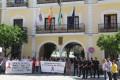 CINCO MINUTOS DE SILENCIO CONTRA LA VIOLENCIA DE GÉNERO EN ALMUIÑÉCAR