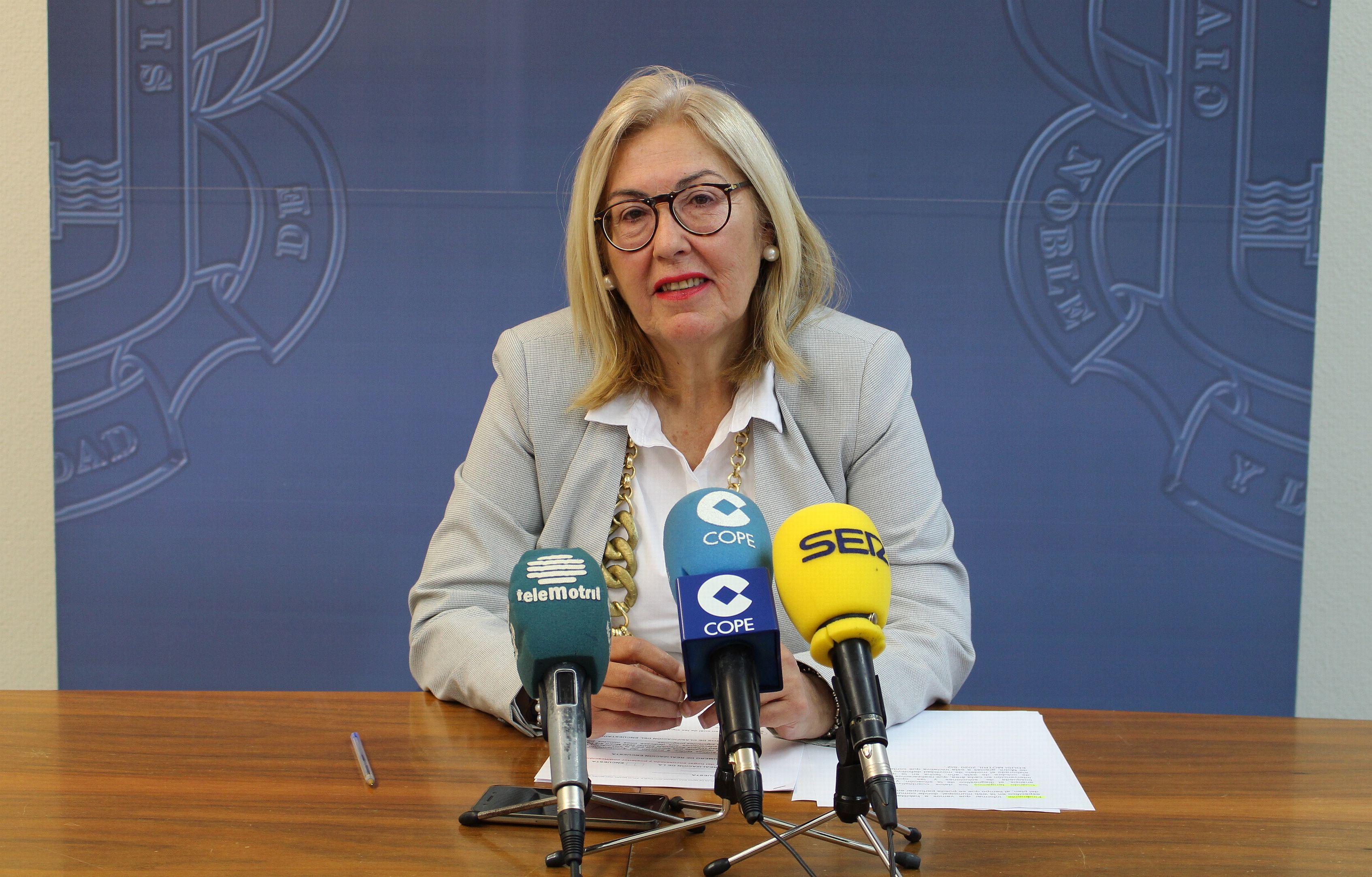 MARÍA ÁNGELES ESCÁMEZ, TENIENTE DE ALCALDE FORMACIÓN Y EMPLEO